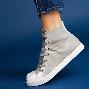 Tretorn Marley velvet hightop sneakers